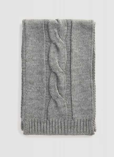Фото Вязаный шарф с косой