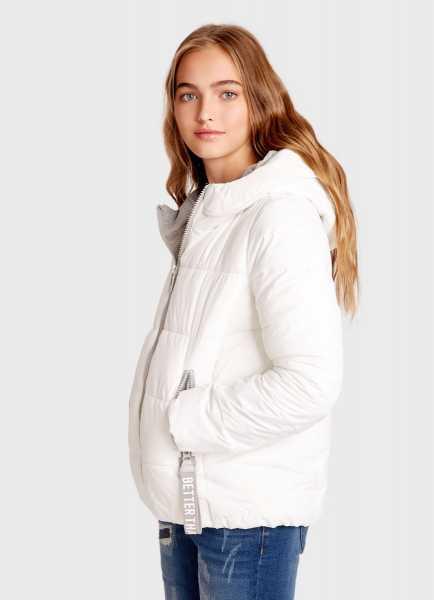 Фото Куртка с капюшоном