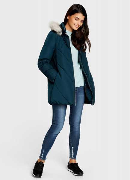 Фото Пуховое пальто с капюшоном
