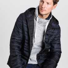 Фото Ультралёгкая куртка с капюшоном