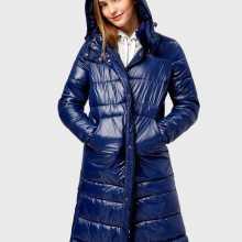 Фото Прямое пальто с капюшоном