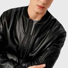 Фото Куртка из искусственной кожи